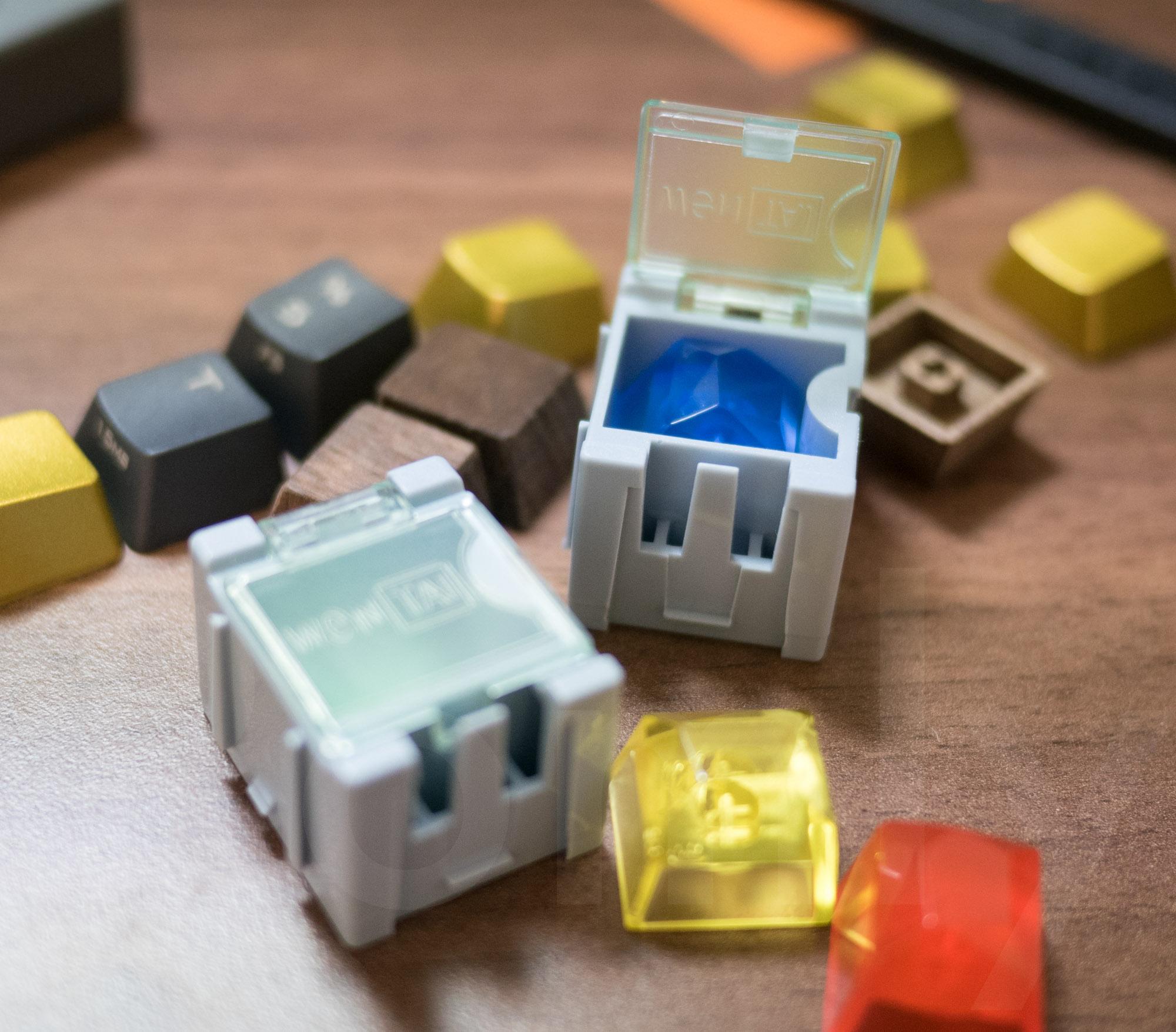 Gem Artisan Keycaps Case