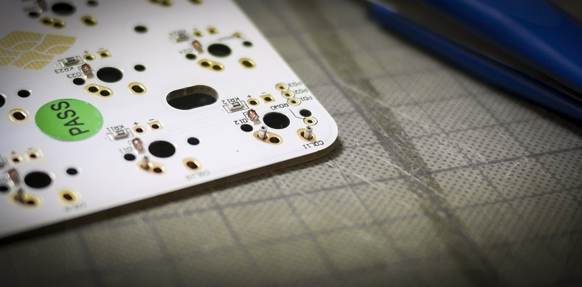 Holtite Sockets in PCB: backside