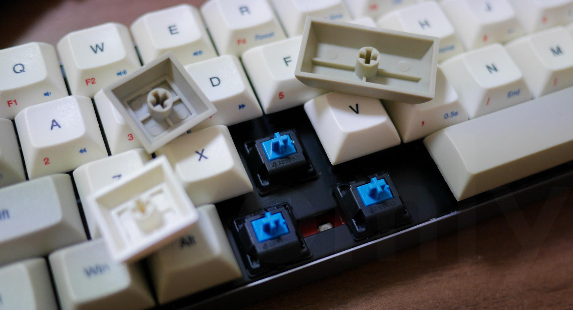 Vortex Core Cherry MX Blue Switch