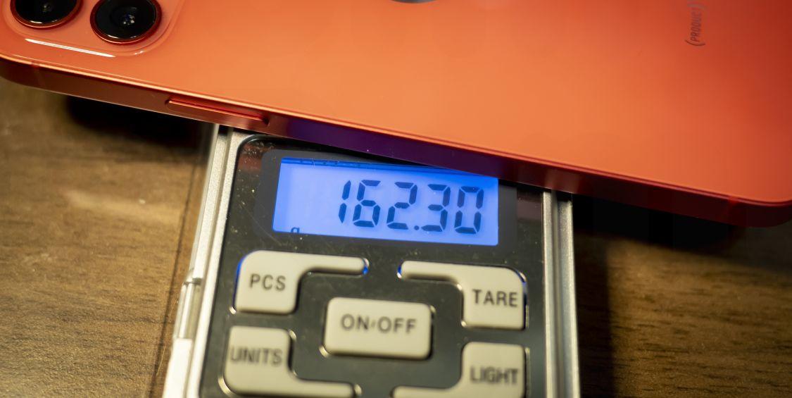 iPhone12 重量