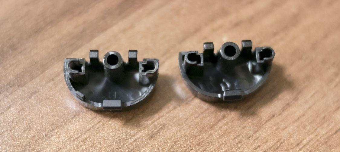 古いLRボタンと、交換用LRボタン6
